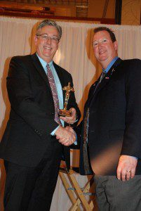 (L-R) 2015 Community Leadership award winner Alan Gersten with District Governor Kevin Padilla